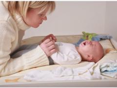 Причины запоров у новорожденного