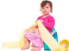 Как лечить запор у ребенка 2 лет