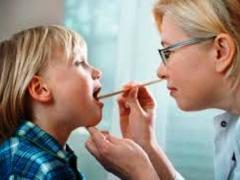 ангина у детей, полоскание горла