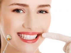здоровые зубы и десны