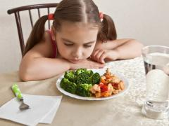 у ребенка болитжелудок, какие продукты можно давать