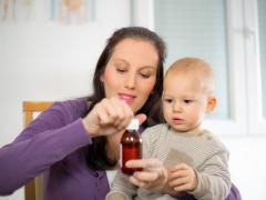 как давать лекарство ребенку