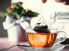 чайный пакетик от простуды на губах