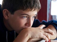 симптомы и прчины возникновения нервного тика у детей