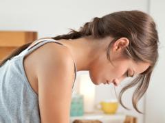 Как определить молочницу по первым симптомам?