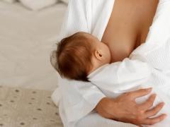 Молоко матери - лучшая еда для ребенка