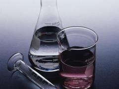 Метиловый спирт обладает характерным запахом
