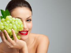 Предотвратить отеки можно с помощью корректировки своего питания