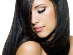 Хна помогает улучшить состояние волос