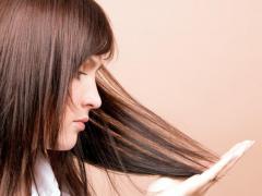 С возрастом состояние волос может ухудшиться