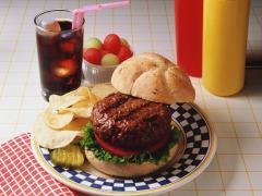 Врачи и диетологи обеспокоены качеством пищи людей