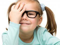 Проверку зрения нужно проходить с юного возраста