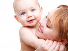 При простуде кормящей маме нужно не заразить малыша