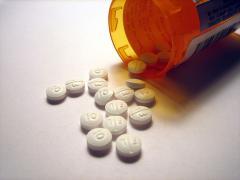 Для лечения колик используются медикаменты