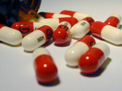 Применение антибиотиков помогает быстро избавиться от болезни