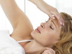 При шуме в ушах и головокружении не спешите принимать таблетки