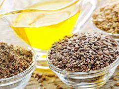 Масло из семени льна обладает рядом полезных свойств