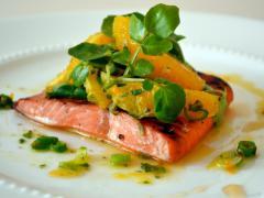 Употребление лосося снижает риск образования бляшек на сосудах