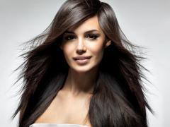 Для борьбы с пушистыми волосами делается ламинирование