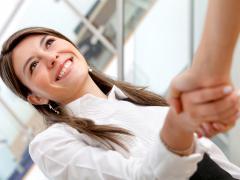 Зуд в интимном месте у женщин доставляет огромный дискомфорт