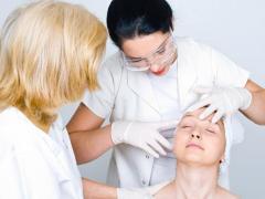 Аллергический тип дерматита вызывают различные причины