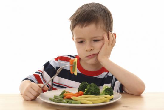 запоры у детей, правильное питание ребенка