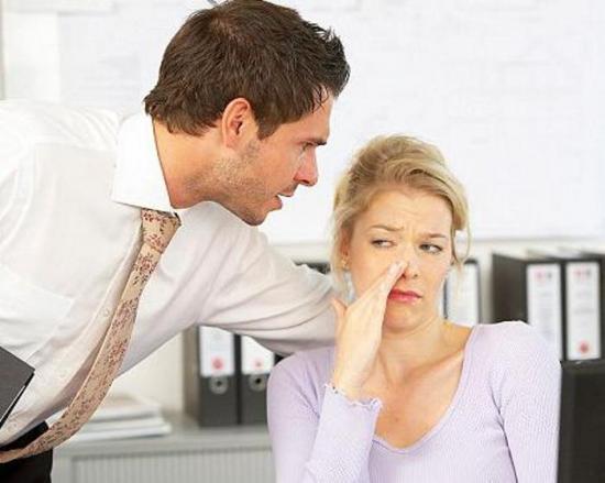 как устранить запах изо рта утром