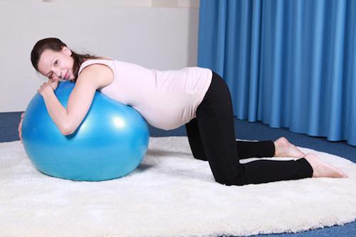 Ноет спина при беременности