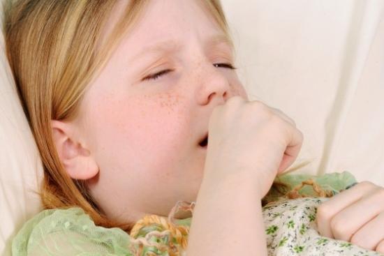 как лечить влажный кашель у детей
