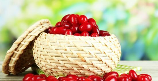 ягода кизил полезные свойства
