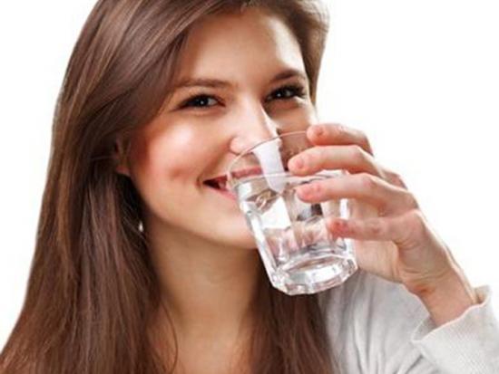 пить настойку пустырника