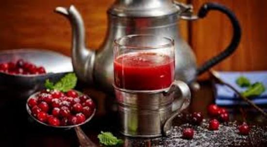 чай с ягодами брусники