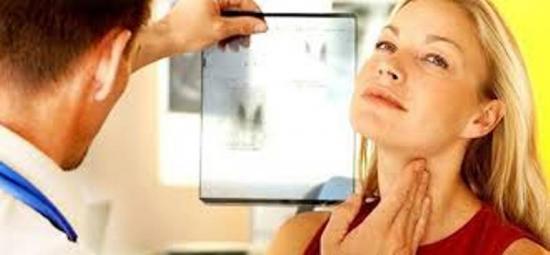 наблюдаться у эндокриноголога после удаления щитовидки