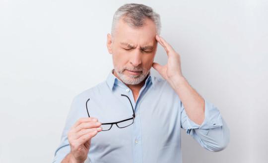 шум в голове у пожилых людей