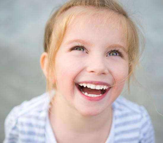защита зубов ребенка, фторлак