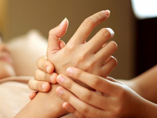 онемение рук, причины