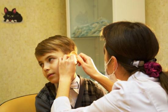 что делать при заложенности уха