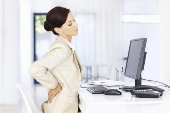 Артрозу свойственны определенные симптомы