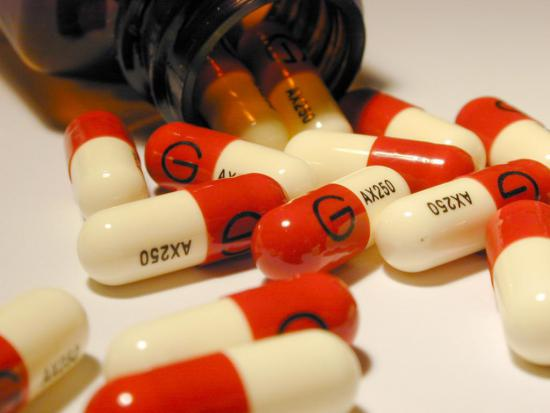 Некоторые виды стафилококка устойчивы к антибиотикам