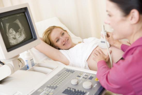 При беременности нужно следить за состоянием плода