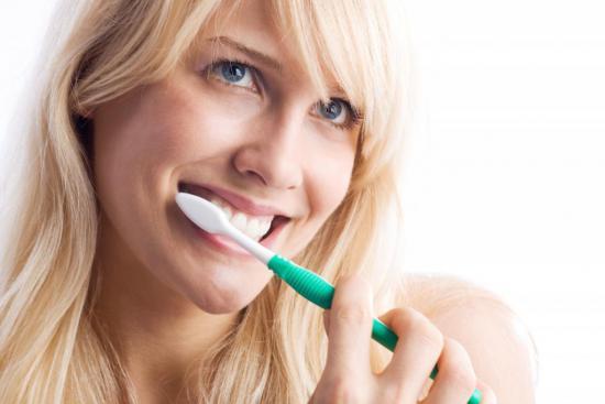 Зубной камень образуется из-за неправильной очистки зубов