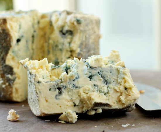 Все сорта сыра имеют определенные противопоказания