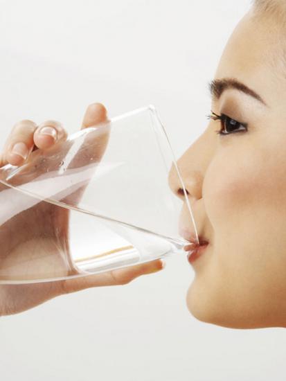 В день нужно выпивать два стакана талой воды