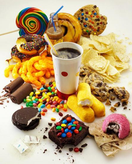 Простые углеводы содержатся во многих продуктах