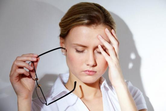 Микроаденома проявляется в виде различных симптомов