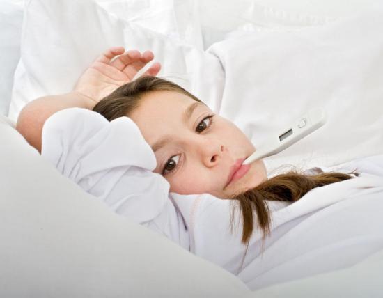 У детей бронхит возникает по ряду причин