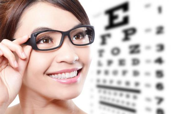 Лечение должен назначать только врач-офтальмолог