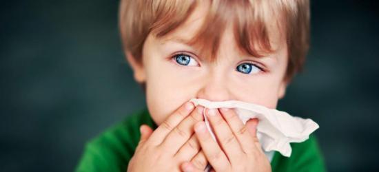 У детей простуда определяется рядом признаков