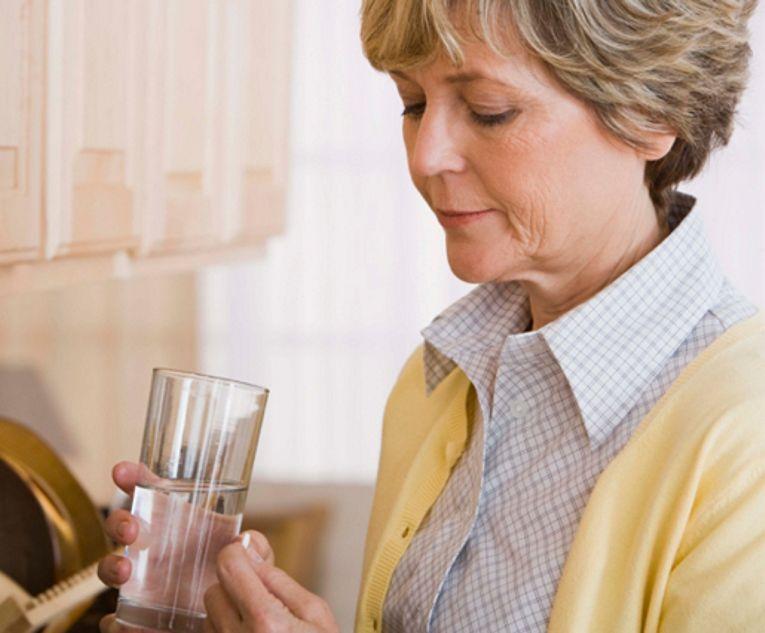 Понос а лекарств нет что принимать в домашних условиях