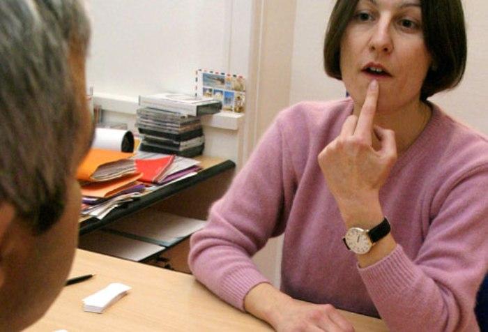 Восстановление речи после ишемического инсульта, как помочь больному